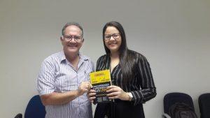 Read more about the article Papa do empreendedorismo escolhe os ganhadores de seu novo livro